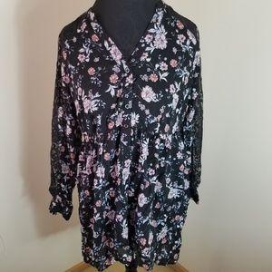 Torrid Hi Lo Tunic Lace Floral Button Up Blouse 00